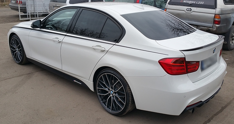 Bmw-f30-białe